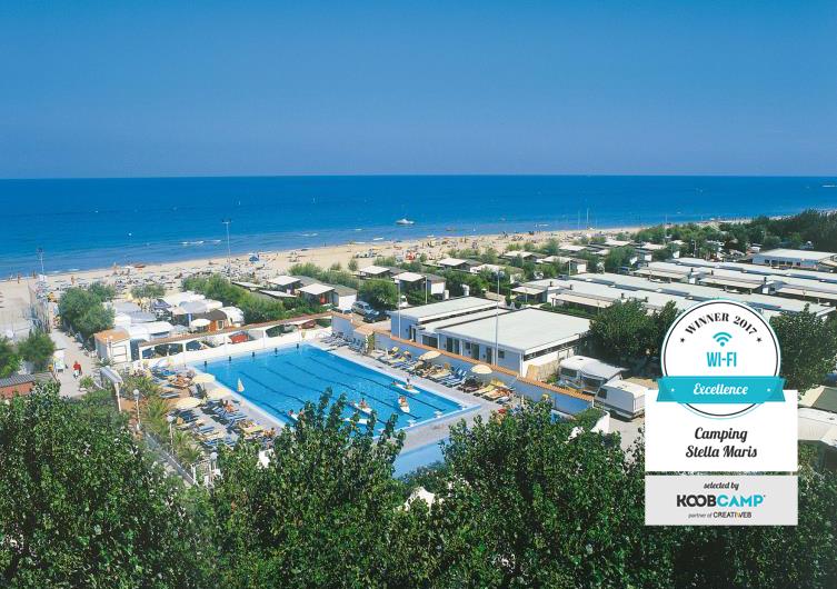 I 10 campeggi e villaggi con il miglior servizio wi fi il camping stella maris di fano pu - Campeggi con piscina marche ...