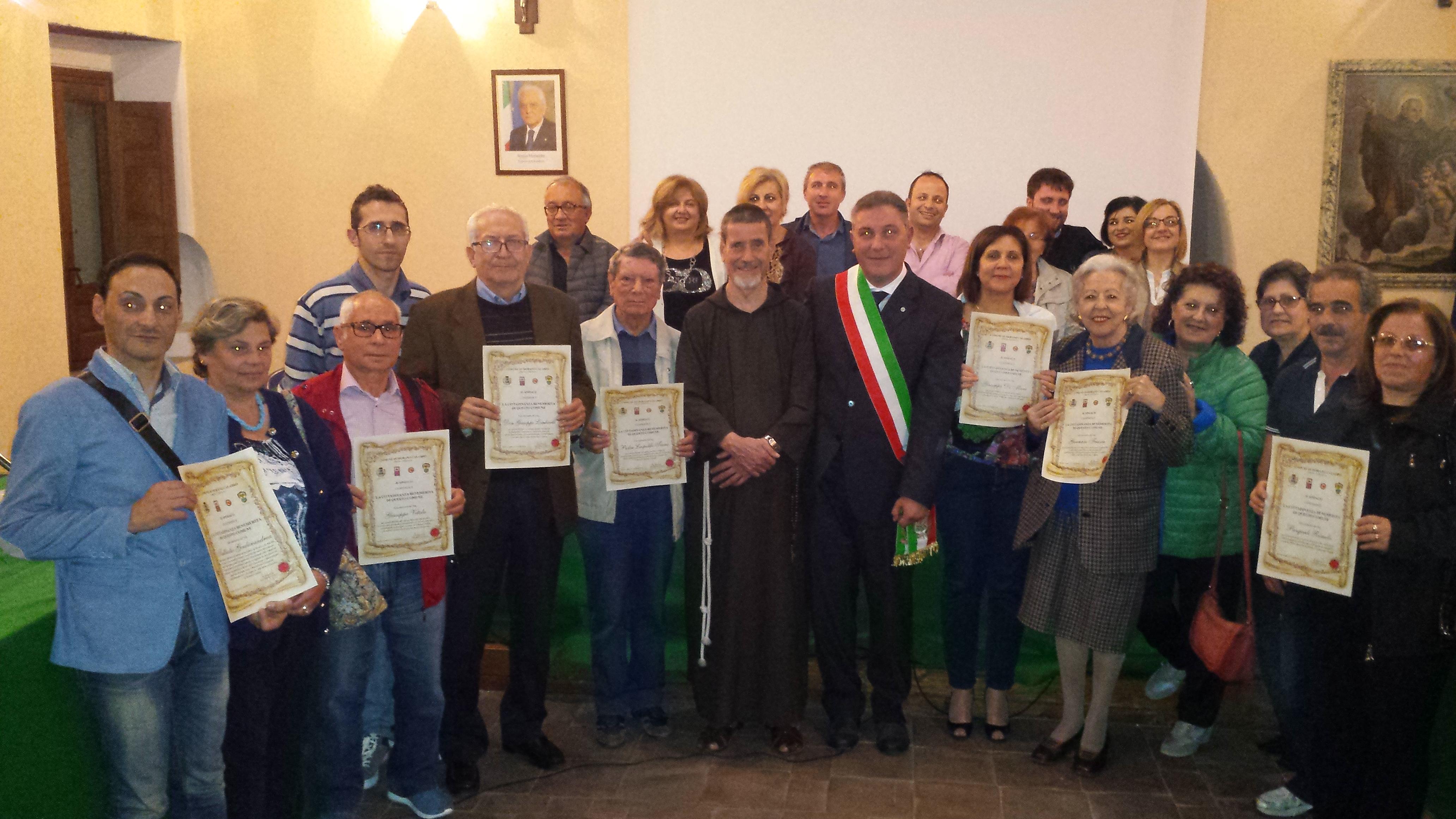 Morano Calabro (Cs) - Conferite benemerenze a nove (con)cittadini