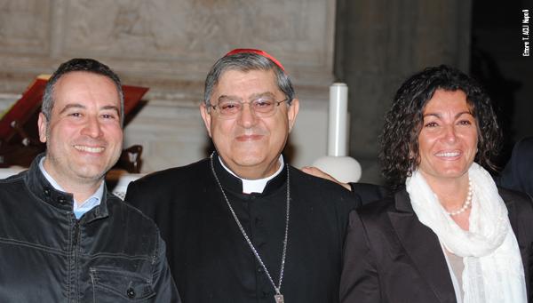 """Il Cardinale Sepe """"Veglia"""" e Napoli lo acclama"""
