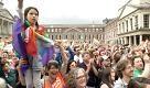 Irlanda, festa nelle piazze allannuncio del sì alle nozze gay - La Repubblica