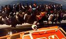 Guardia costiera soccorre oltre 900 migranti al largo della Libia - La Repubblica