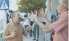 Referendum Grecia, davanti al seggio di Tsipras si litiga tra sì e no - La Repubblica