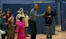 Alaska: Obama balla con i bambini - La Repubblica